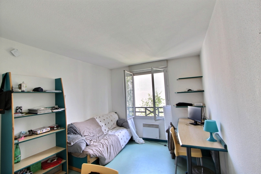 annonce location appartement lyon 7 19 m 450 992737985283. Black Bedroom Furniture Sets. Home Design Ideas